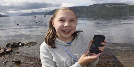 Esta niña ha tomado la mejor foto del monstruo del lago Ness hecha en muchos en años
