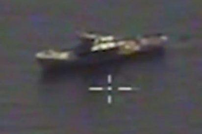 Así destruyen bombarderos rusos un buque con misiles durante un ejercicio naval