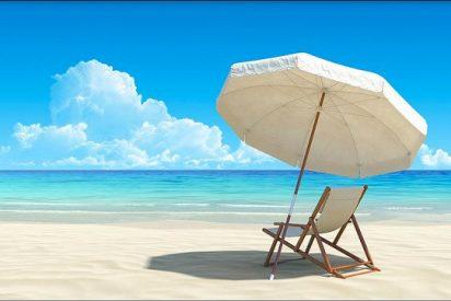 Multan con 1.000 euros a un turista por robar arena en una playa de Cerdeña en Italia