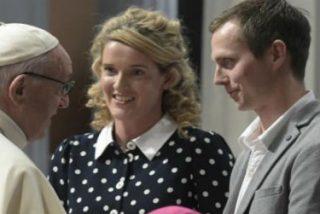 """Papa canta al amor eterno en la procatedral de Dublín: """"No es cierto que lo bello y lo hermoso no dure"""""""