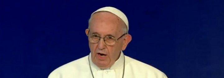 """El Papa admite que el """"fracaso"""" a abordar los """"crímenes repugnantes"""" de abusos ha sido un """"grave escándalo"""""""
