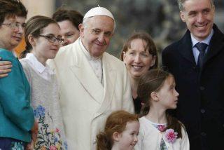 """El Papa pide que la familia sea """"levadura de bondad, amor y atención recíproca"""" en la sociedad"""