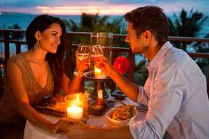 ¡Atención! Si una primera cita todo bien, los latidos del corazón y las perlas de sudor se sincronizan