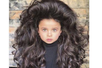 Con tan solo 5 años se ha ganado los corazones de 53k seguidores en Instagram con su enorme pelo