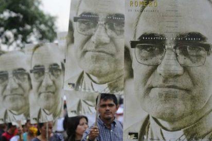 """Rosa Chávez invita a """"llenar el mundo del nombre de Romero"""""""
