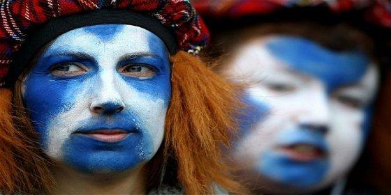 Las iglesias de Escocia retirarán las cruces durante los funerales