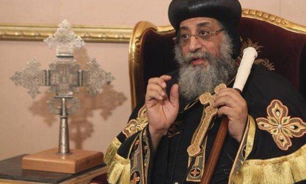 Los coptos de todo el mundo rezan por Tawadros II y los monasterios