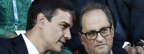 """El fanático Torra insulta de nuevo al Rey de España mientras el socialista Sánchez presume de """"normalidad"""""""