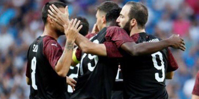 Todo el mundo coincide tras los goles de Benzema e Higuaín en el Trofeo Santiago Bernabéu
