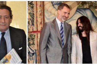 """Alfonso Ussía tritura al zarrapastroso presidente del Parlamento balear: """"El próximo imbécil va a ver al Rey en traje de baño"""""""