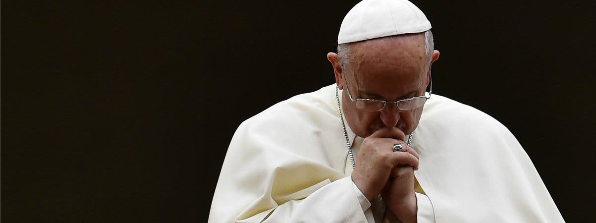 """El Papa condena con """"dolor y vergüenza"""" las """"atrocidades"""" de los abusos sexuales"""