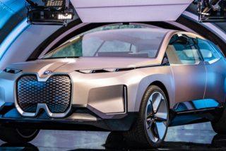 ¿Sabes por qué en 2025 los coches eléctricos ya no serán más caros que los de combustión?