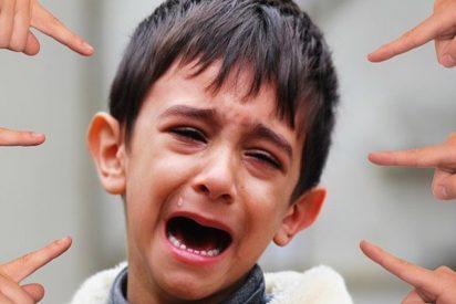 Niño es víctima de 'bullying' ante la total indiferencia de sus compañeros de clase