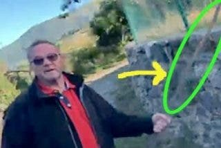 El alcalde catalán que se pone 'palote' porque un joven se pasa por el culo un lazo amarillo