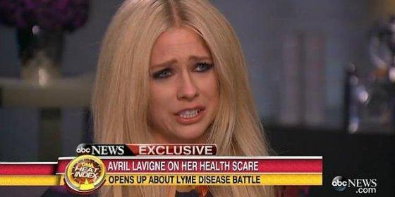 """El calvario de Avril Lavigne: regresa a la escena musical tras casi """"ahogarse"""" en la enfermedad de Lyme"""