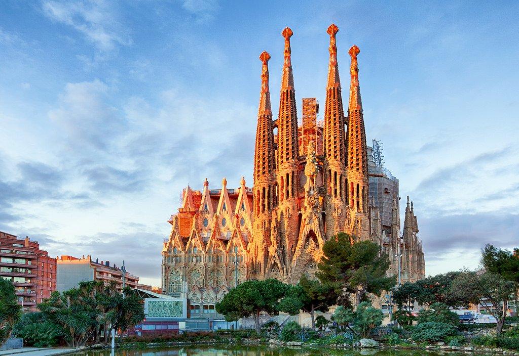 Los extranjeros siguen prefiriendo Cataluña como destino turístico, pero cada vez optan más por Madrid