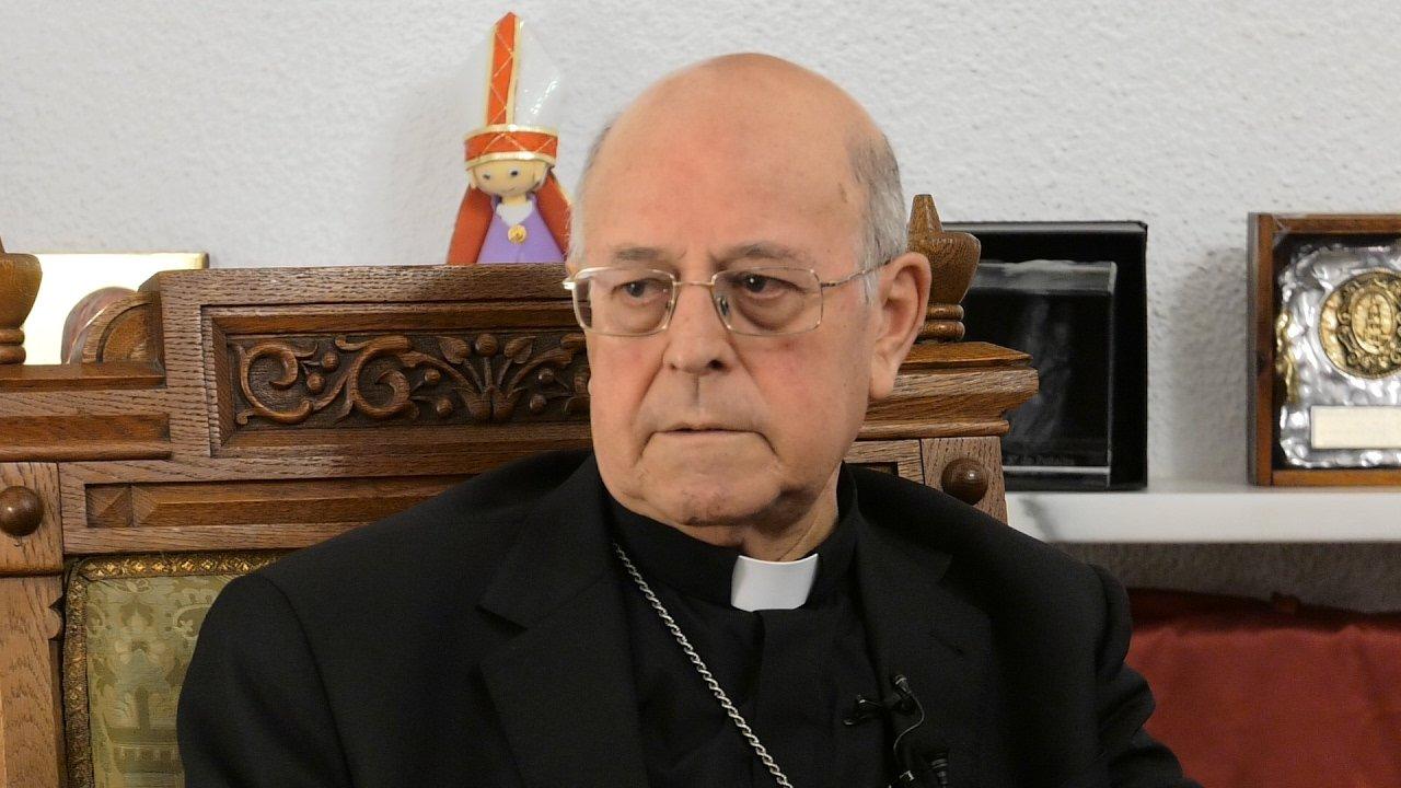"""El cardenal Blázquez defiende las """"tradiciones legítimas"""" de piedad popular"""