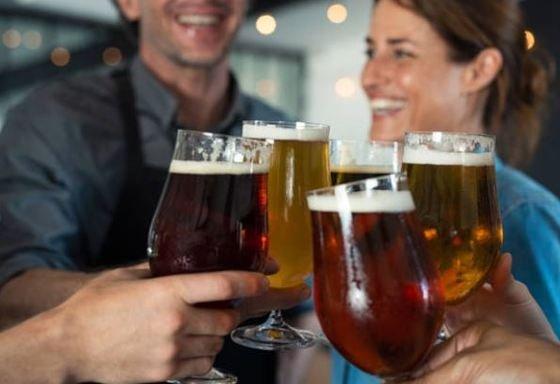 ¿Cuántas cervezas se beben y que marca prefieren en cada región de España?