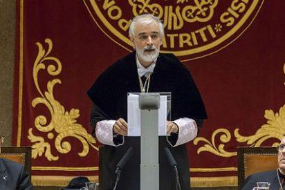 """Comillas muestra su """"adhesión inquebrantable"""" al Papa Francisco"""