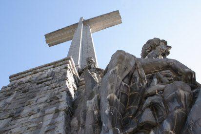 Podemos propone demoler la cruz del Valle de los Caídos