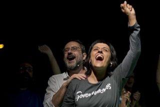 La fugada Anna Gabriel 'celebra' el nuevo Gobierno de Sánchez y viajará a Valencia
