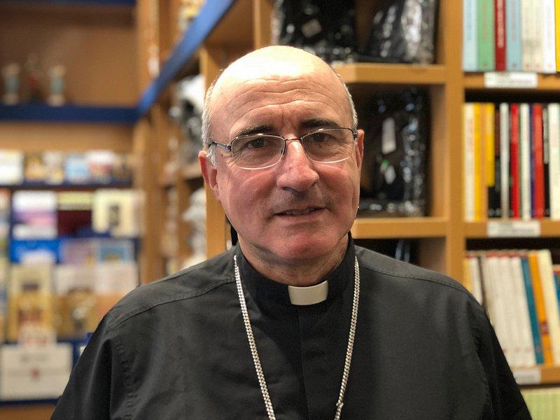 El cardenal Sturla dice que las personas trans 'merecen ser tenidas en cuenta'