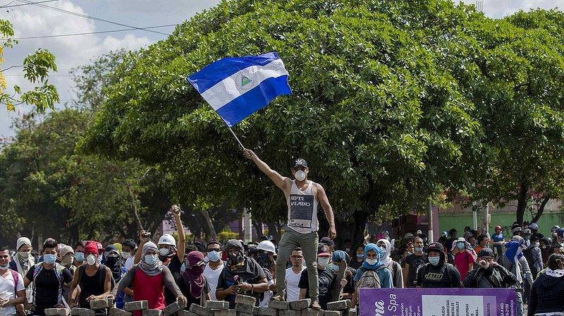 """La Policía de Nicaragua: protestar contra Daniel Ortega es """"ilegal"""""""
