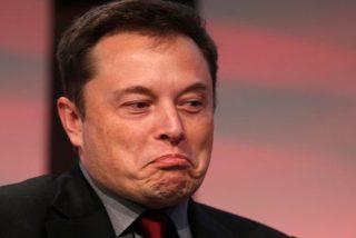 Elon Musk está arrastrando a Tesla al precipicio