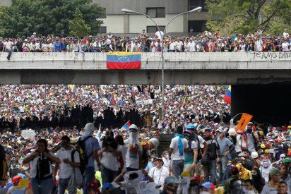 """Los obispos peruanos piden ver la inmigración de venezolanos como una """"oportunidad"""" y no una """"amenaza"""""""