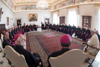Ya son siete los obispos chilenos que renuncian tras el escándalo de abusos