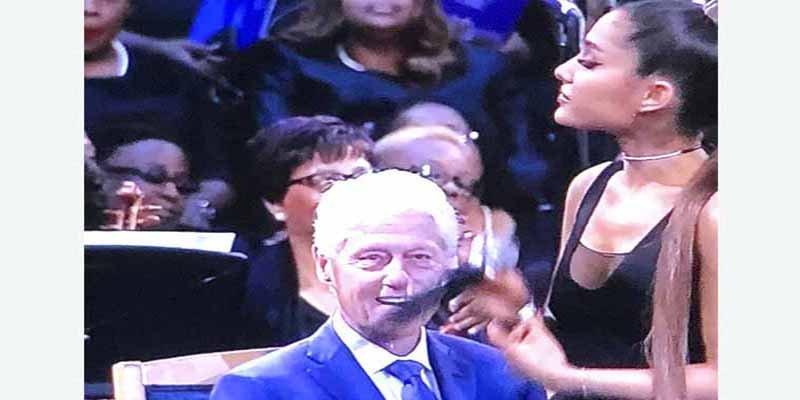 Todo el mundo comenta lo mismo sobre esta mirada de Bill Clinton a Ariana Grande en el funeral de Aretha Franklin