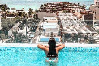 ¿Puedo hospedarme en un hotel exclusivo «Solo para adultos» en la Riviera Maya?
