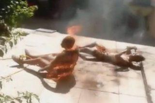 La aterrada madre que ve en Facebook cómo una turba de palurdos quema vivo a su hijo