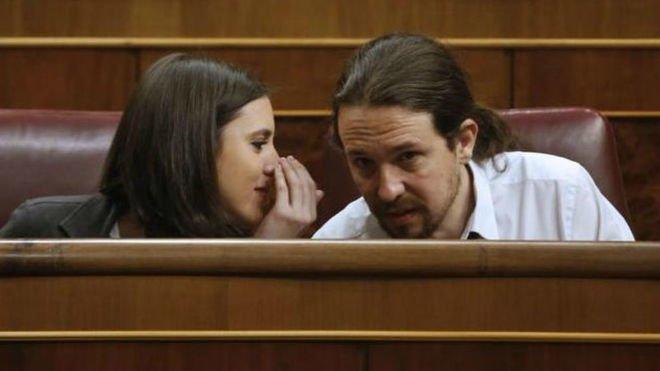 La sanidad pública salvó a los hijos de Iglesias y Montero pero Podemos votó en contra de la tarjeta sanitaria única