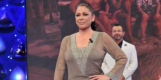 Isabel Pantoja encuentra la desorbitante cantidad de 'ceros' para reaparecer ante los medios