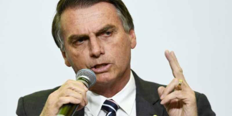 Apuñalan en el abdomen a Jair Bolsonaro, el candidato derechista favorito a la Presidencia de Brasil