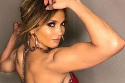 Jennifer Lopez presume de cuerpazo a sus 49 años