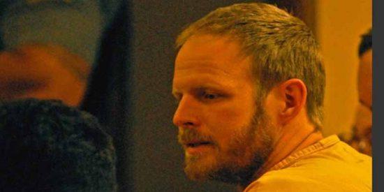 Escándalo en Alaska: secuestró, asfixió y abusó de una mujer, pero quda libre por un insólito arreglo