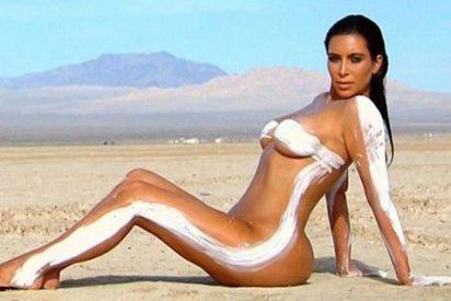 Kim Kardashian se lesiona un nervio de la mano por hacerse tantas selfies