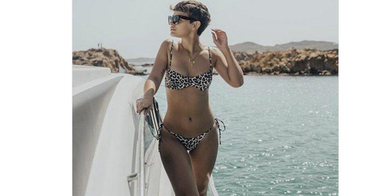 Critican esta foto en bikini de Laura Escanes, y ella les pone en su sitio con un hachazo
