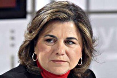 """Twitter acribilla a Lucía Méndez por ser una de la cabecillas de la cobarde carta contra Arcadi Espada: """"Vete a fregar"""""""