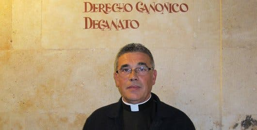 Luis García Matamoro, reelegido decano de Derecho Canónico de la UPSA