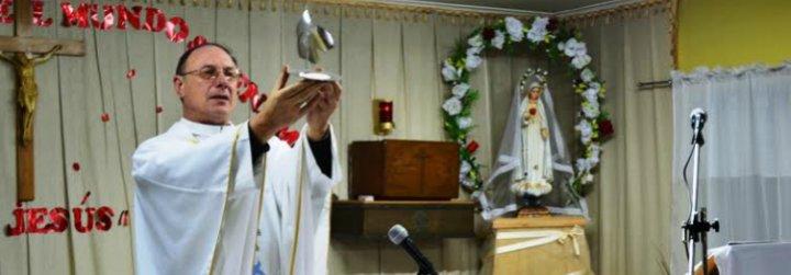 """El """"rey del tongo"""" ataca a monseñor Infanti, obispo de Aysén"""
