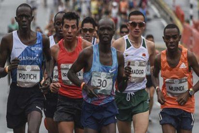 Atropellan a un atleta keniano mientras lideraba la media maratón de Medellín