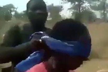 La investigación que reveló el lugar exacto y los responsables de una ejecución de mujeres y niños en África