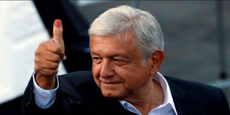 """El presidente electo de México pide a los obispos poner por delante """"el interés general del país para sacarlo del atraso"""""""