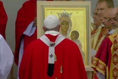 """El Papa, en la misa de Tallin: """"Vosotros sabéis de luchas por la libertad"""""""