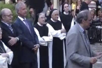 ¡Con la Iglesia hemos topado!: Mitin de Torra en un monasterio con la abadesa aplaudiendo a rabiar