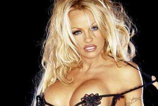 La confesión sexual de Pamela Anderson al New York Times: El arma que aún utiliza y que es de la época de 'Baywatch'