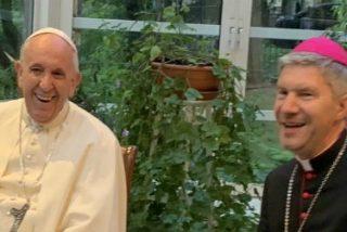 """El Papa pide a los jesuitas bálticos """"discernimiento"""" para advertir contra los """"infiernos"""" de la vida moderna"""